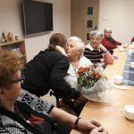 Seniorzy GKS składają Jubilatce życzenia